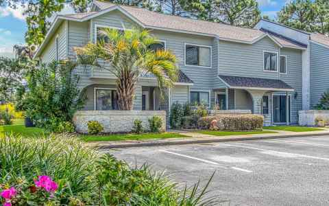 Main photo for 100 Shadow Moss Pl.