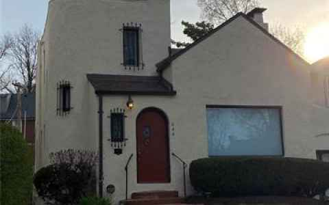 Main photo for 444 Carswold Drive