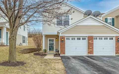 Main photo for 4843 Heritage Heights Circle