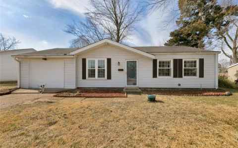 Main photo for 12173 Parkwood Place