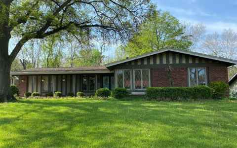 Main photo for 413 Brooktree Drive