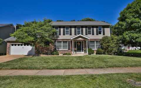 Main photo for 16421 Forest Pine Drive