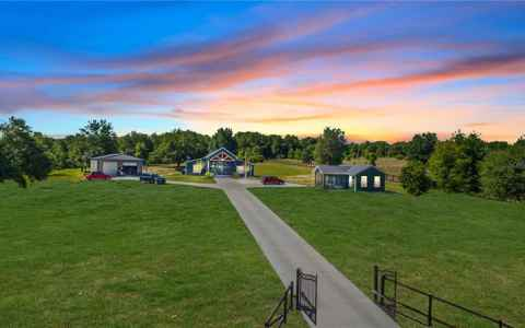 Main photo for 3834 MARION COUNTY ROAD