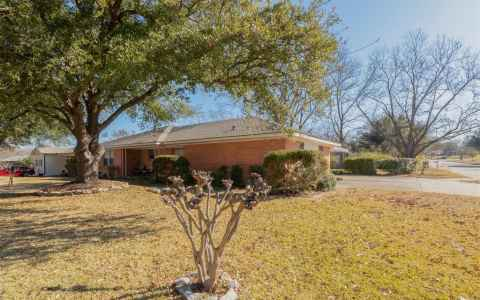 Main photo for 402 Valley Drive