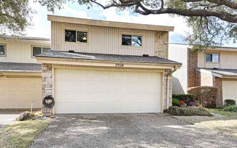 Main photo for 2934 Woodcroft Circle