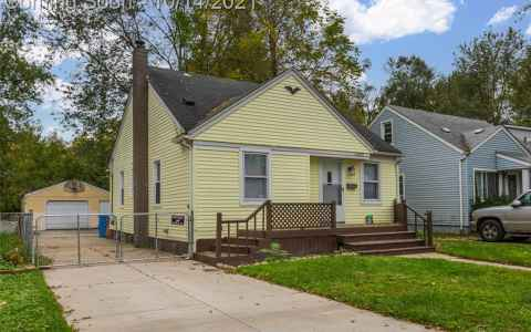 Main photo for 25951 POWERS AVE