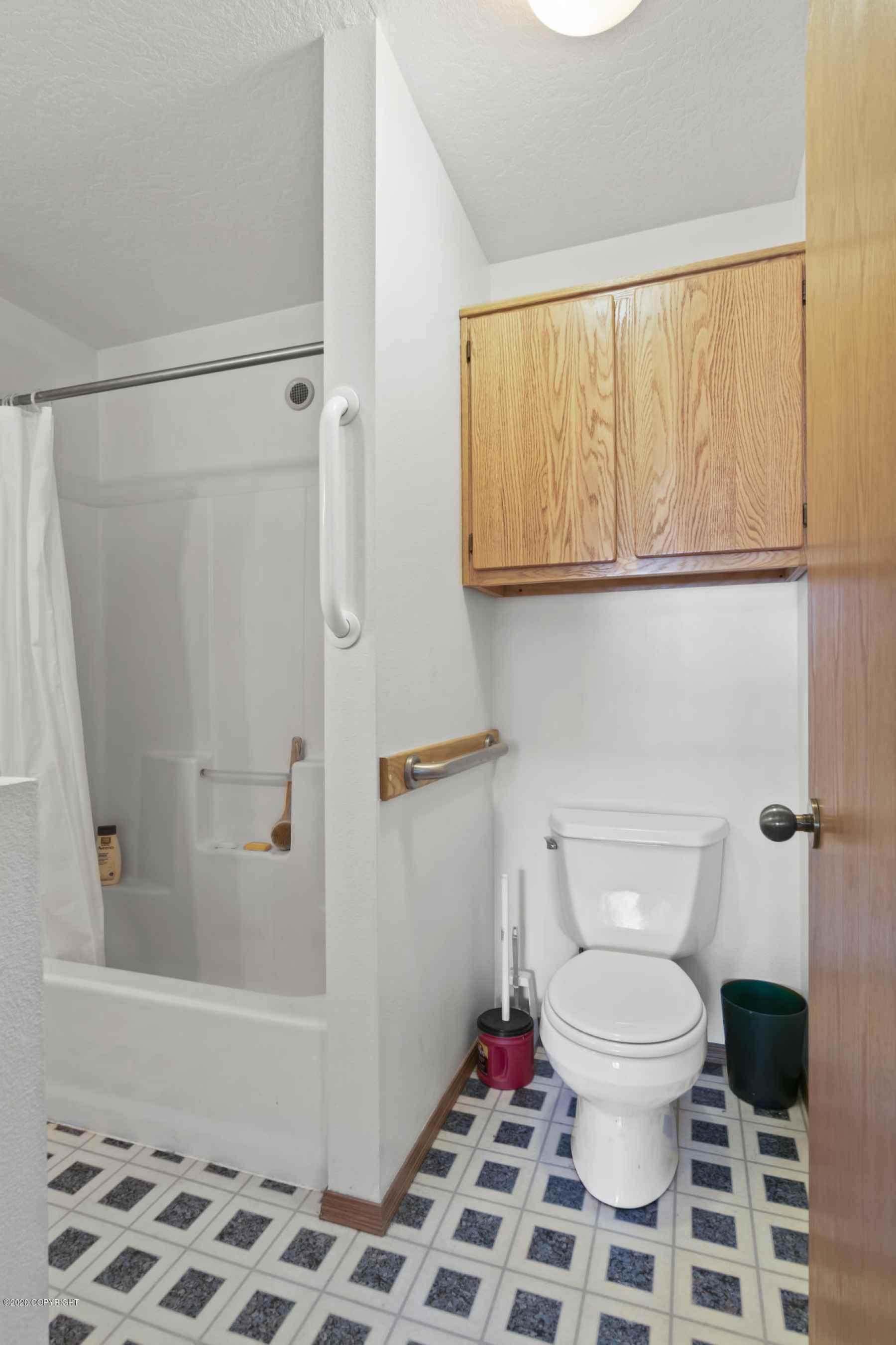 MIL Bathroom