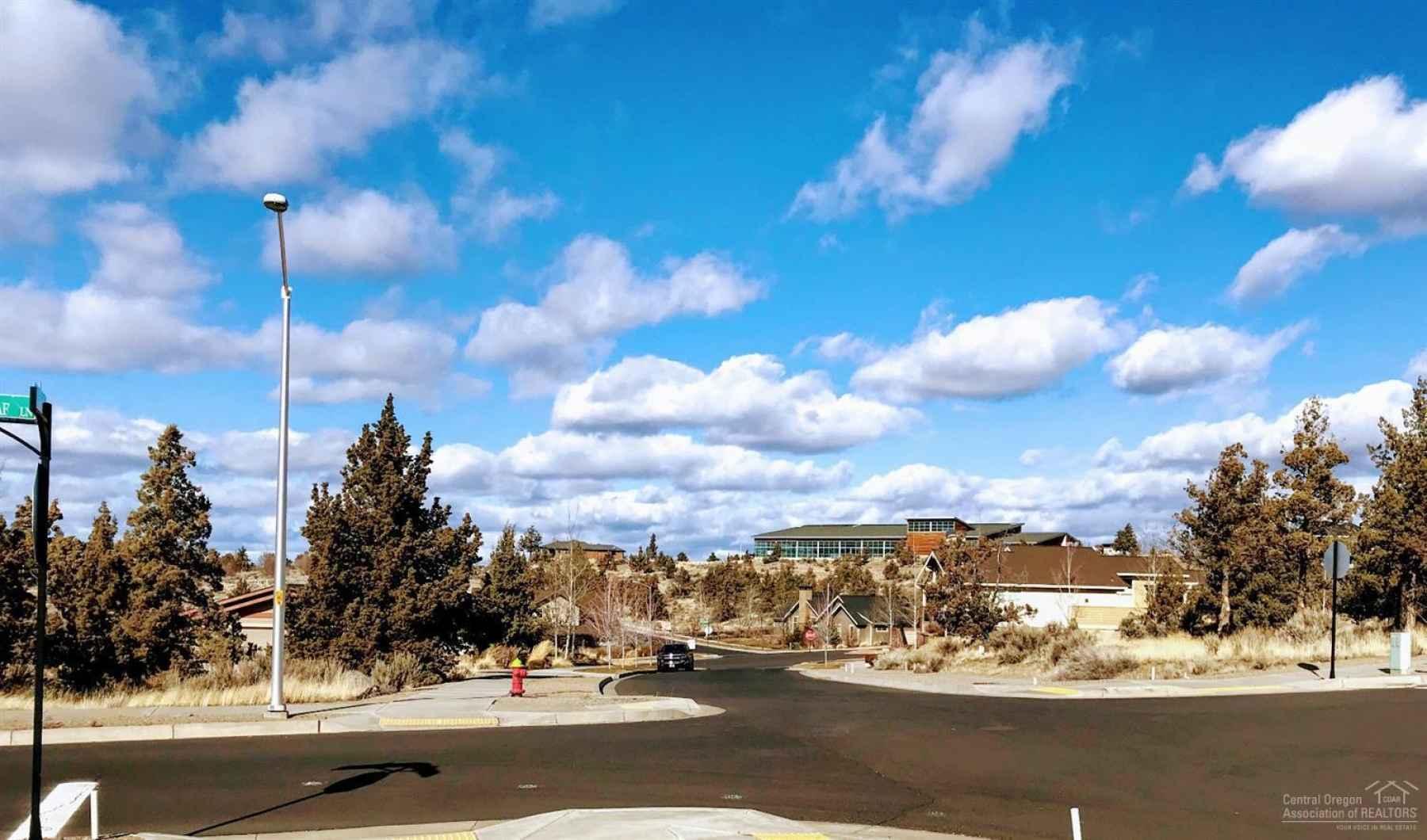 Photo for 1040 SE BlueGrass Lane