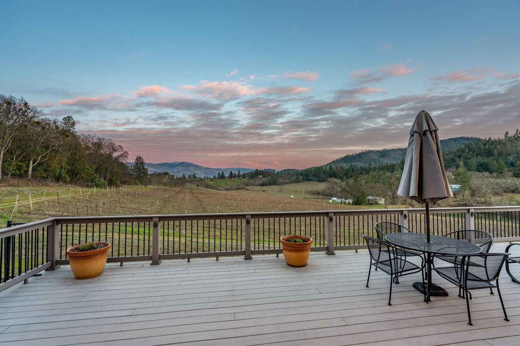 Photo for3578 Pioneer Road