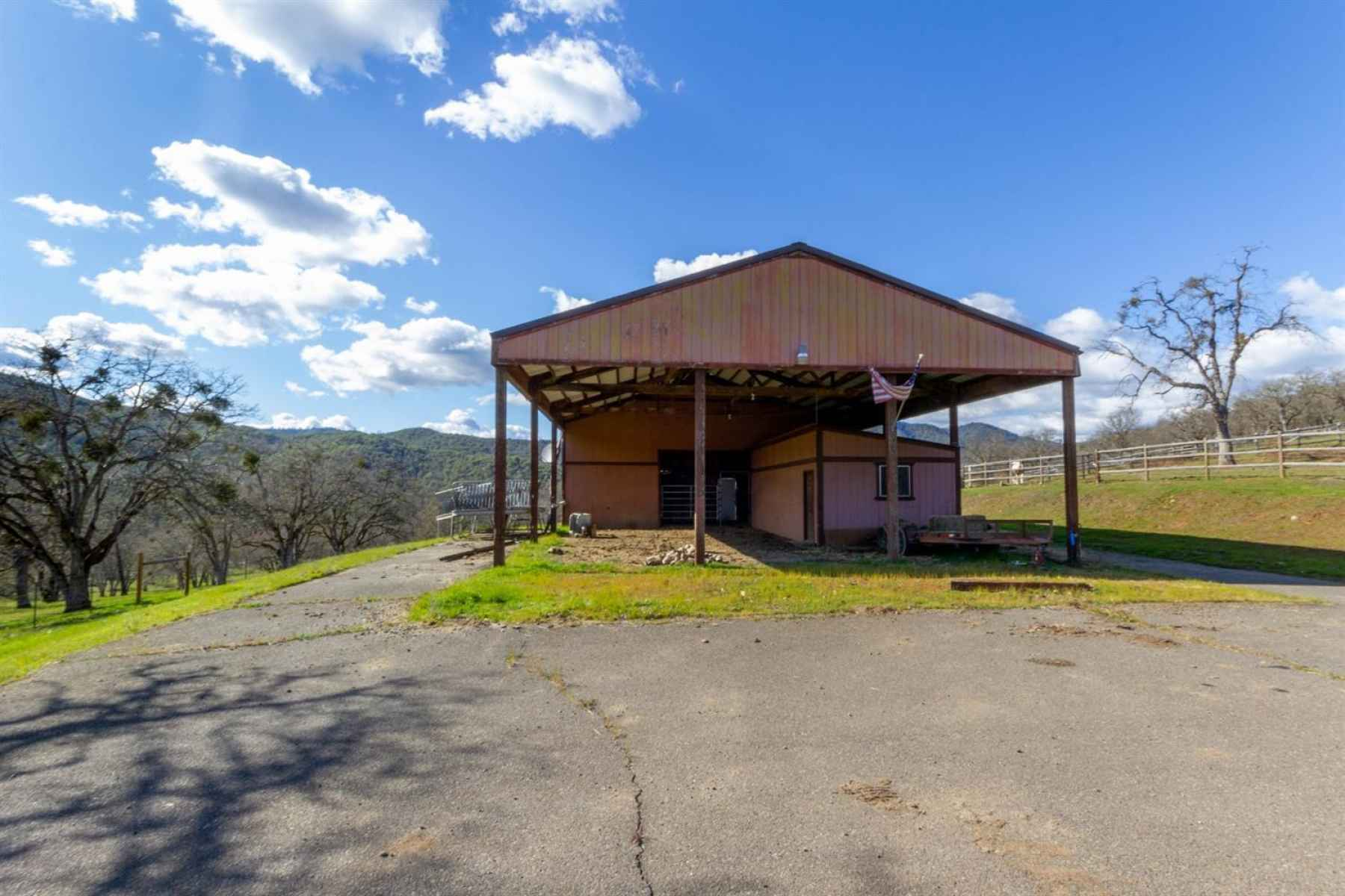 Photo for8908 John Day Drive