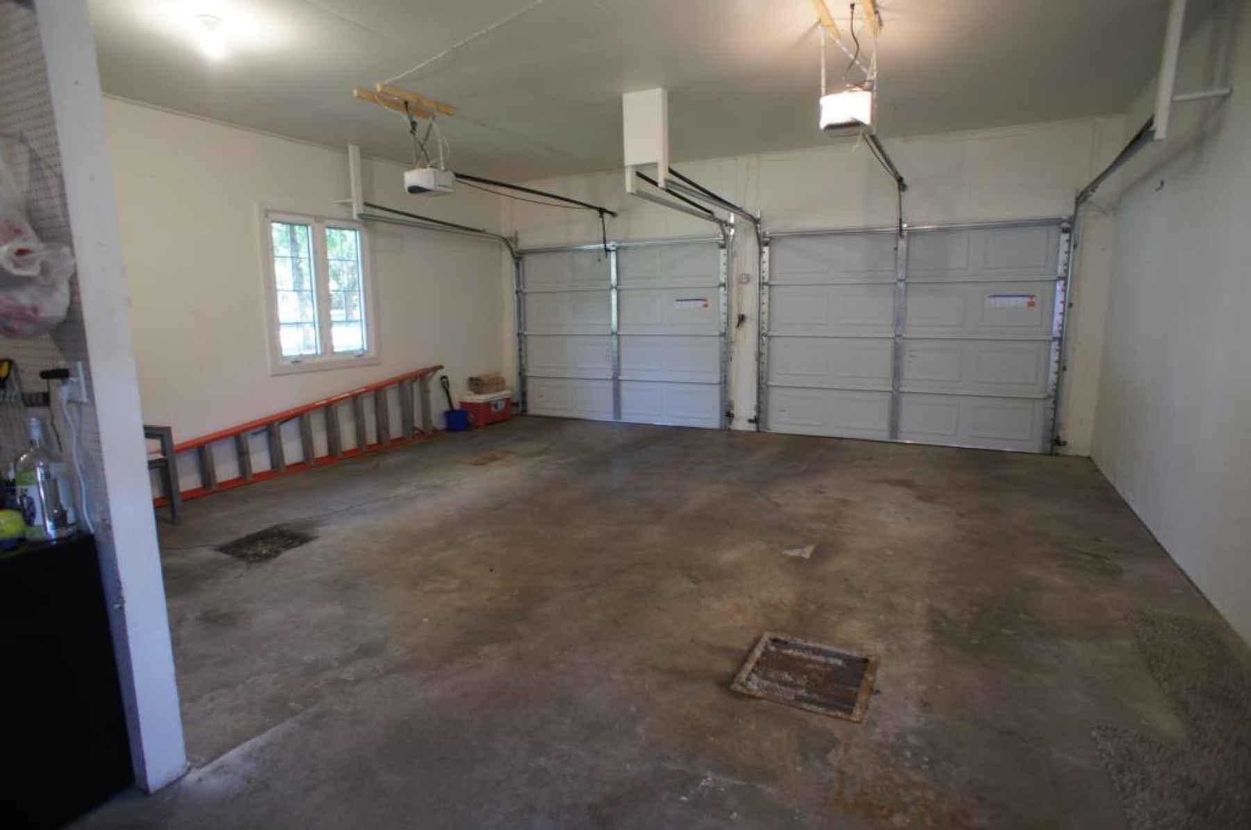10 garage