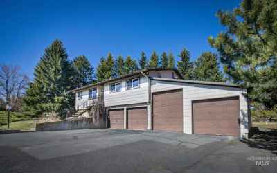 Photo for 1012 Grand Fir Dr.