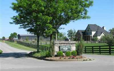 Clear Creek Estates is a private community just off Clear Creek Rd. approx. 10-12 miles from Lexington