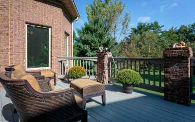 You can access this deck from the Living Room, Family Room and Mater Suite.