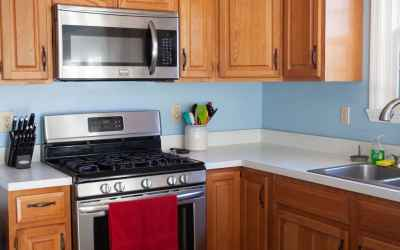 The stainless steel gas range and microwave stay with this home and were purchased in 2016.