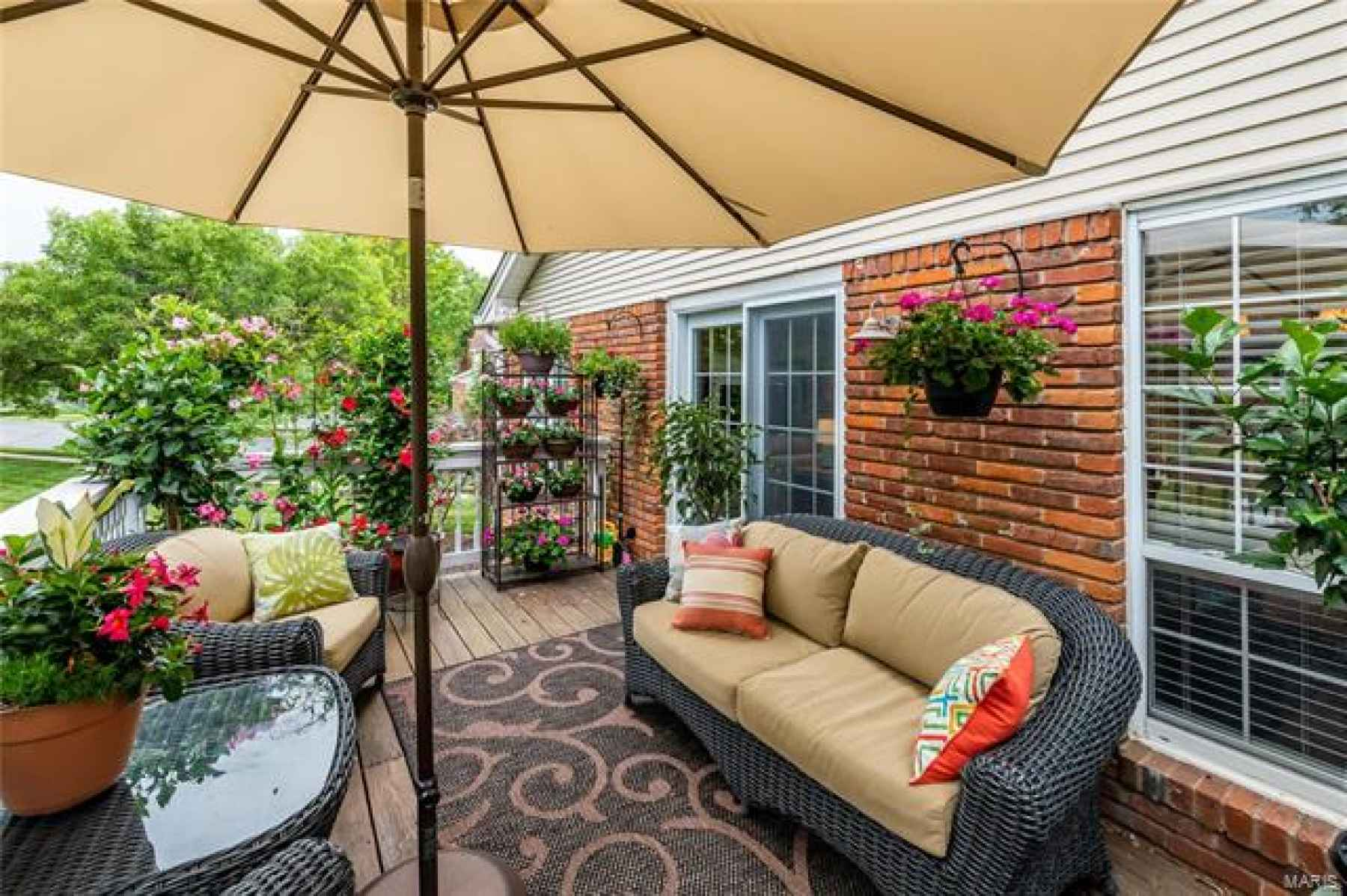 Gorgeous outdoor space - your own private retreat