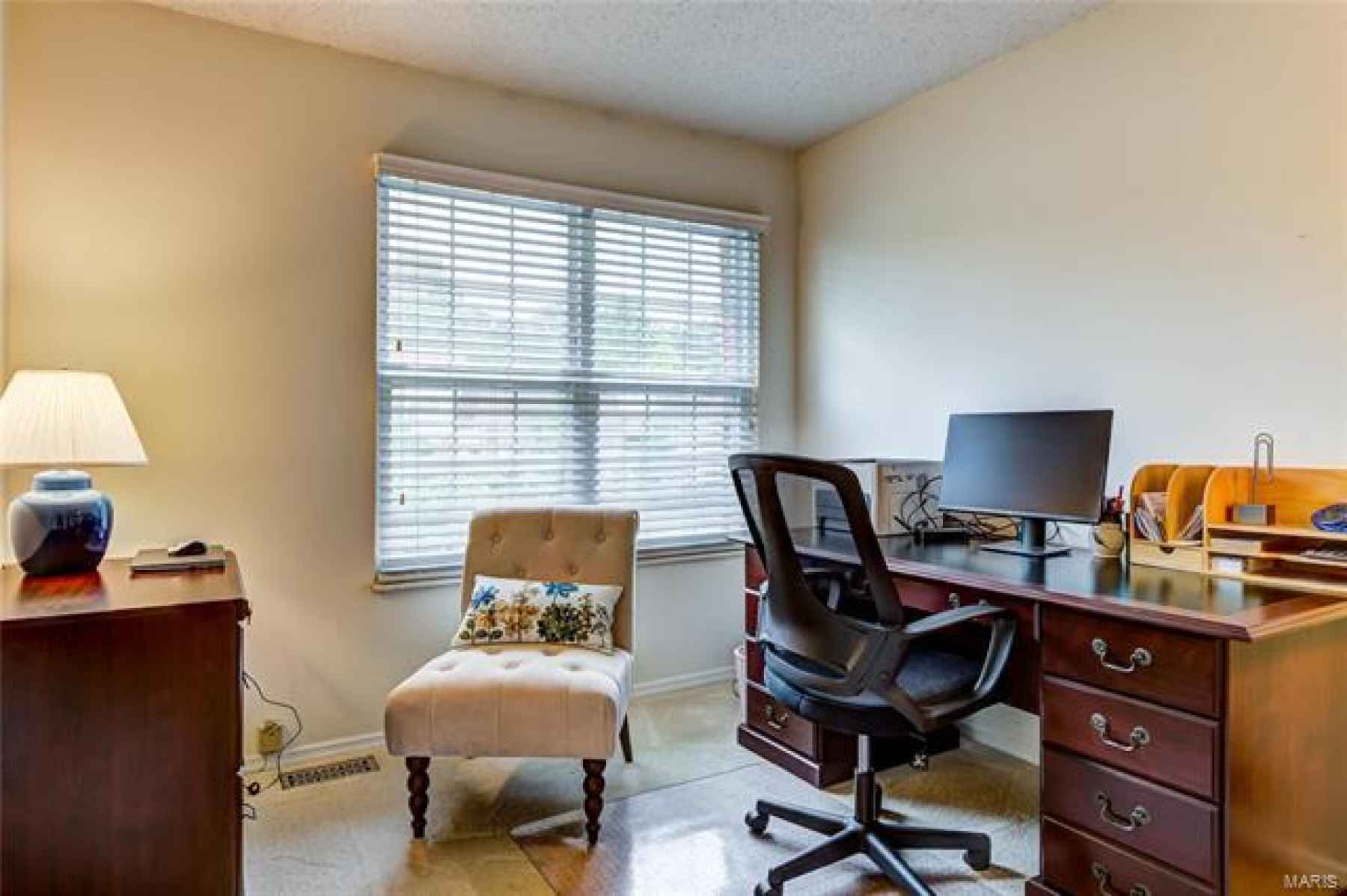 3rd bedroom currently used as office