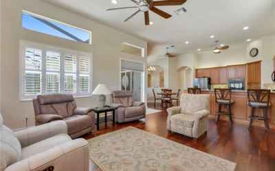 Large family room with wood floors!