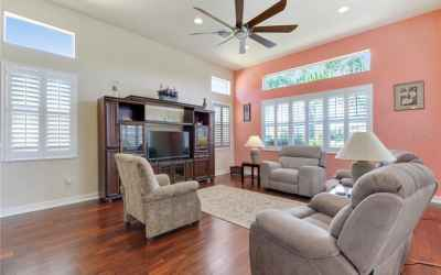 Family room with lots of light and transom windows!