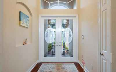 Double glass door foyer entry!