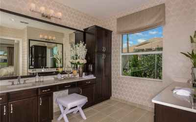 The Bellagio Royal Collection Builders Pics - Master Bath View.