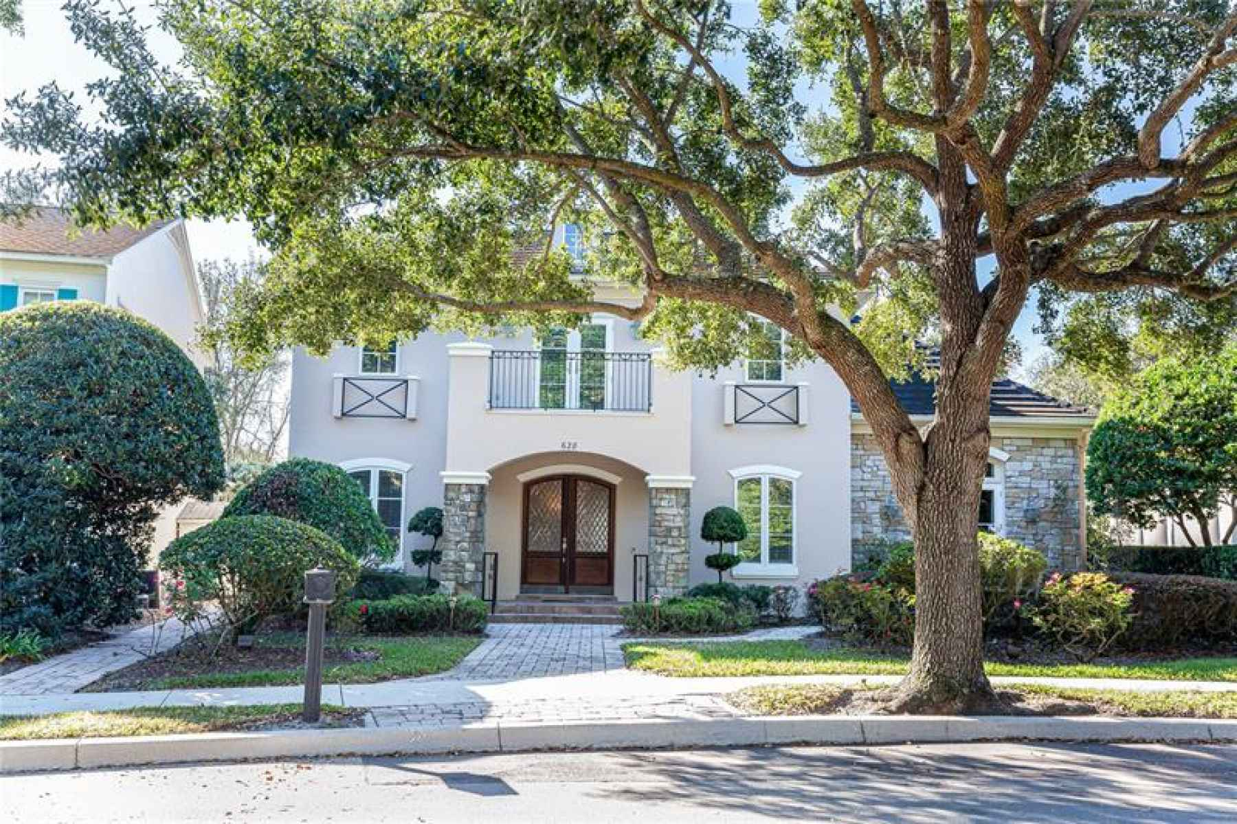 Photo for 628 PENN PLACE
