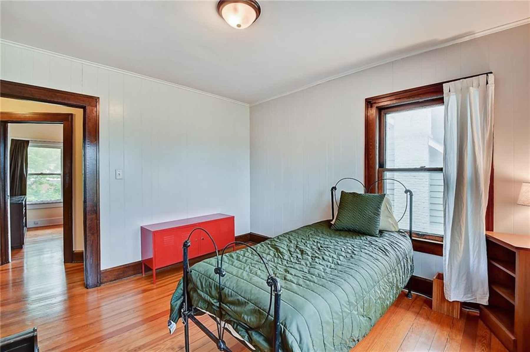 Second floor. Second bedroom. The doorway looks to the hallway and master bedroom.