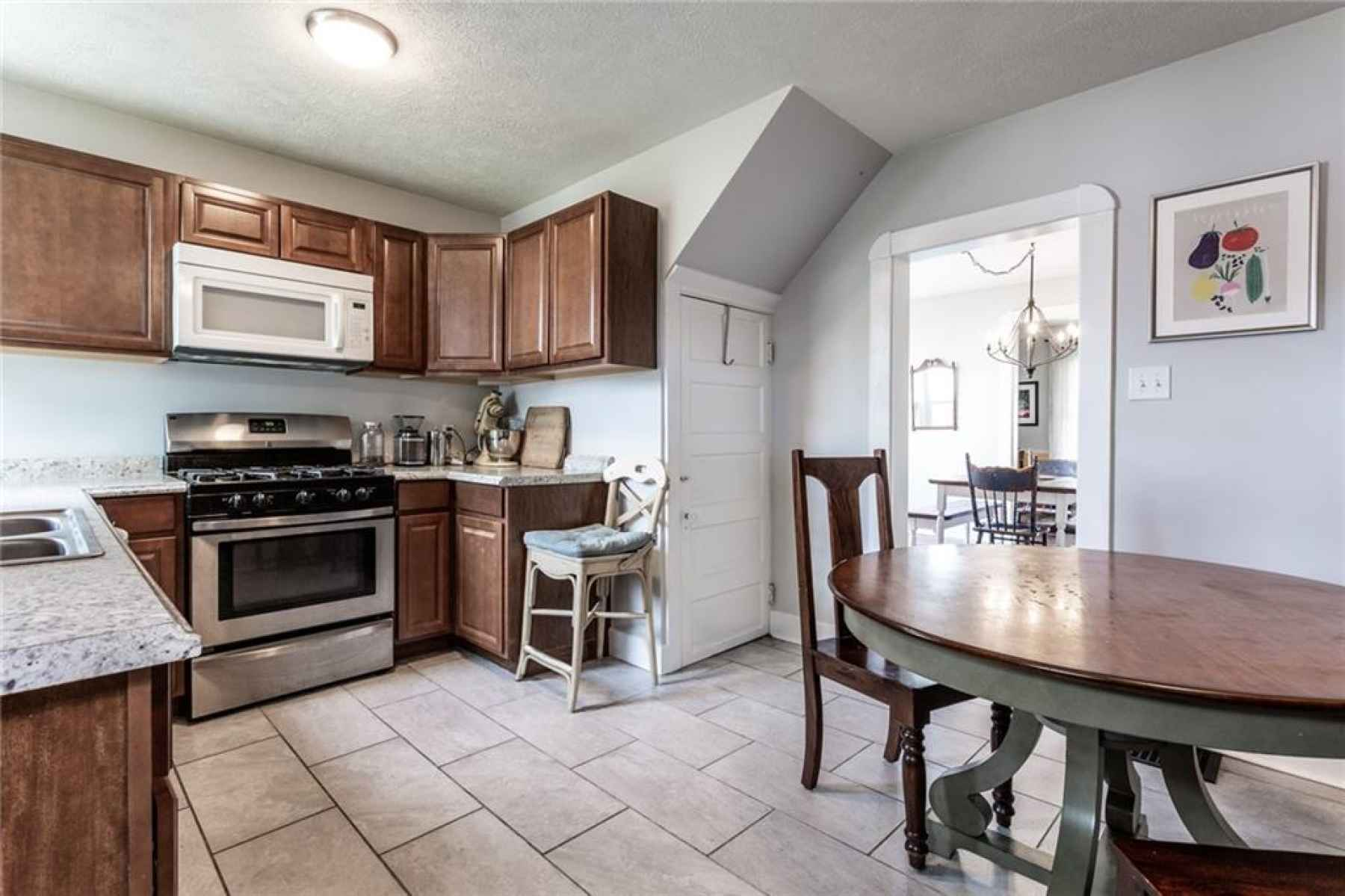 Large kitchen with plenty of counter space and cabinets!