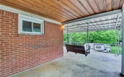 This porch is a dream.