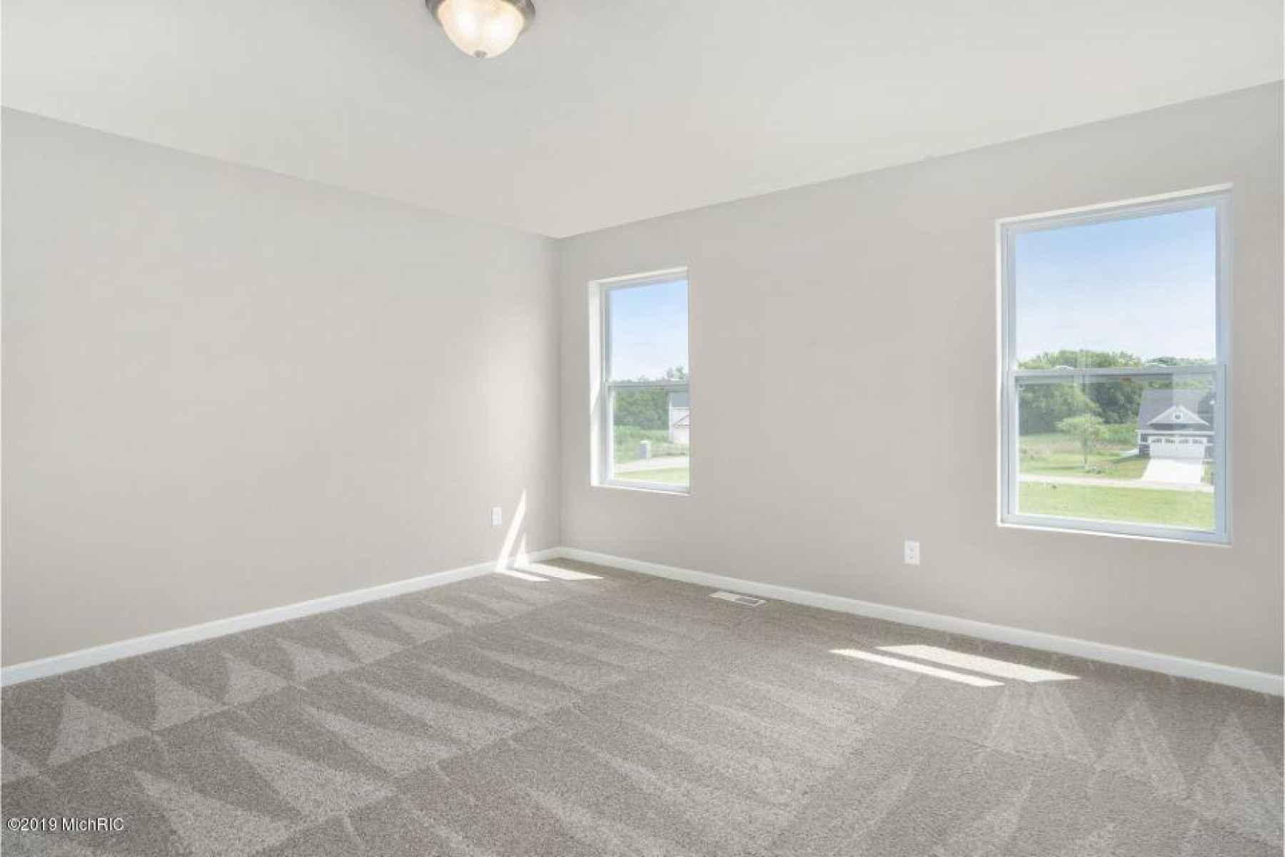 LMD097-E2070-Master Bedroom1