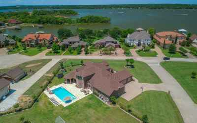 Photo for12524 Lake Shore Court