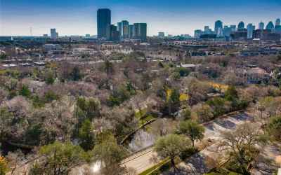 Striking Turtle Creek and Downtown views from this unit.