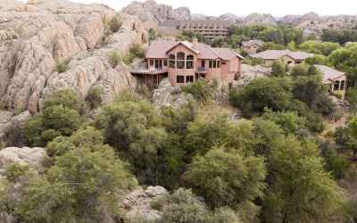 Ultimate privacy in The Canyons