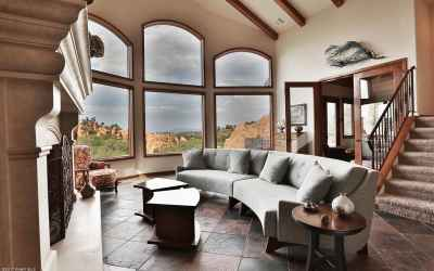 Curved windows, vaulted ceiling