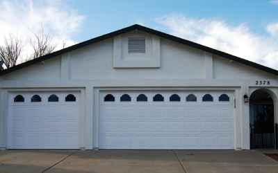 3 car garage from outside