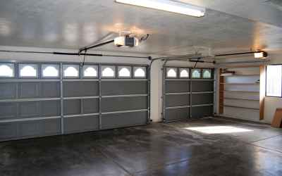 3 car garage with storage