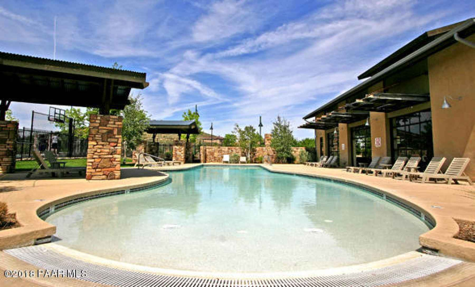 StoneRidge Outdoor Pool Cl