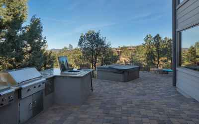 Outdoor Kitchen and Hot Tub - 805 M