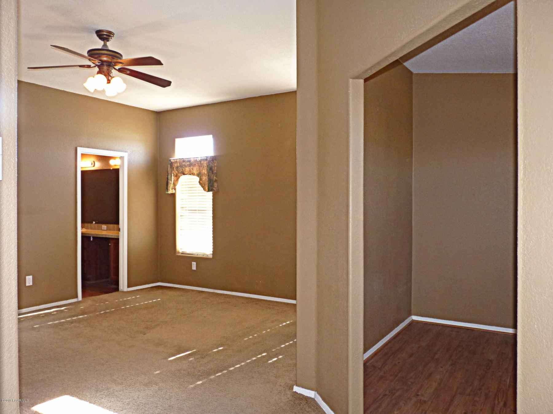 Master Suite view towards the entrance b