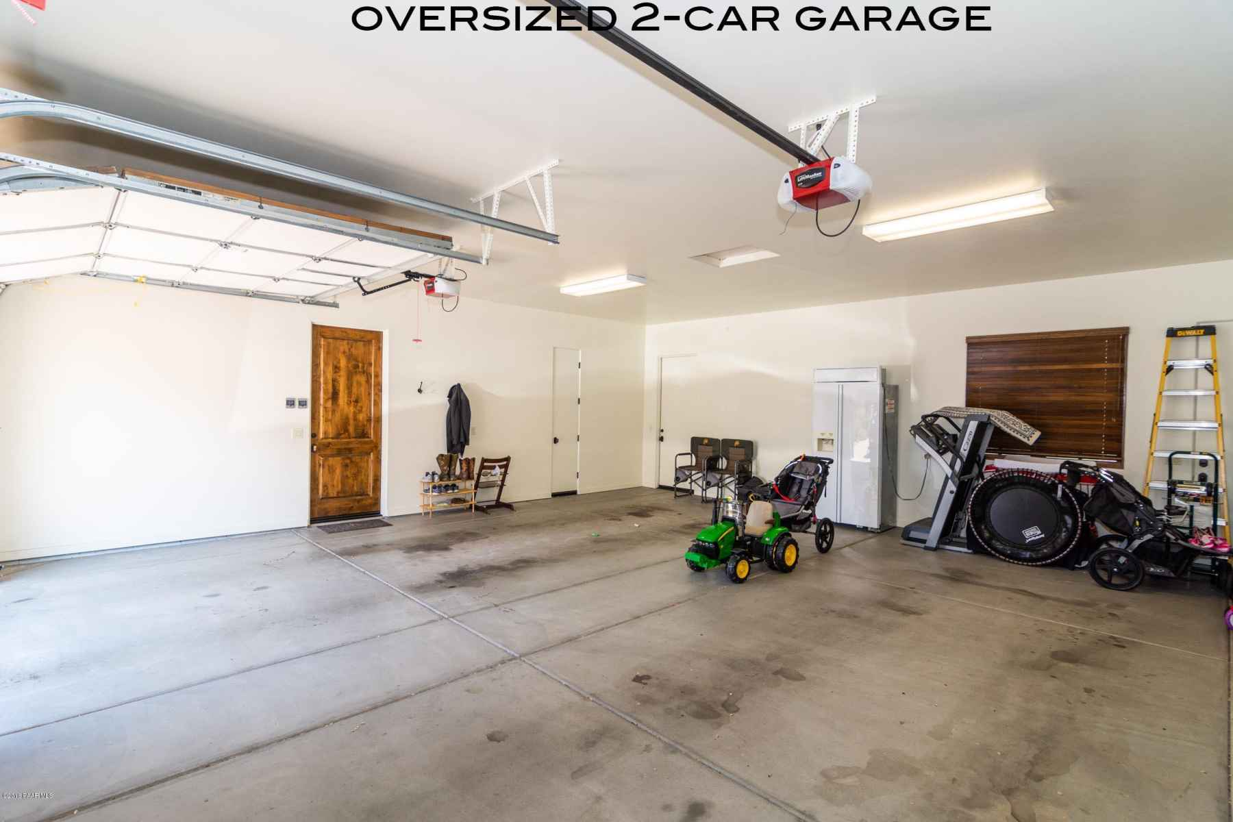 Oversized 2 Car Garage