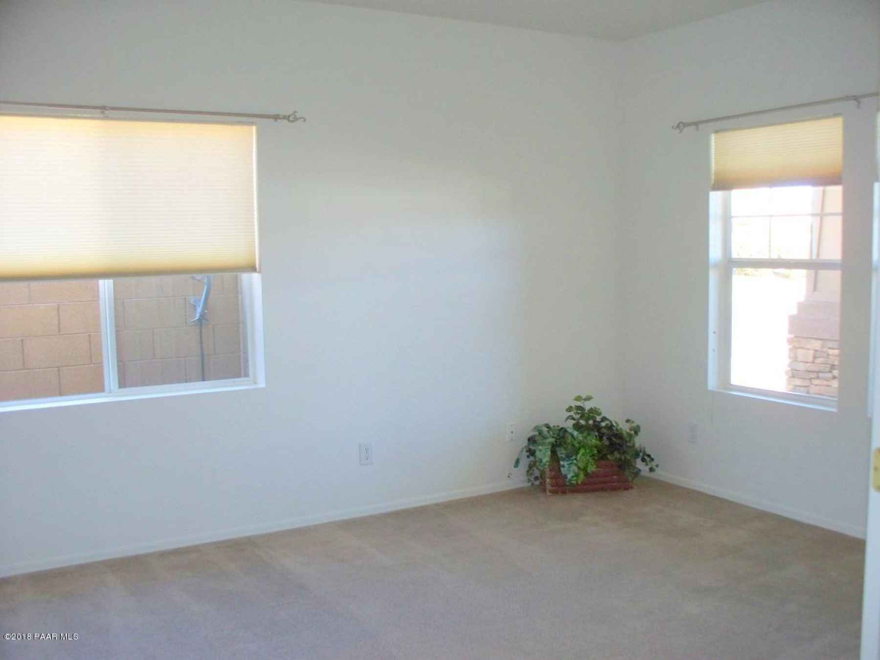 Lg Front Bedroom/ Office