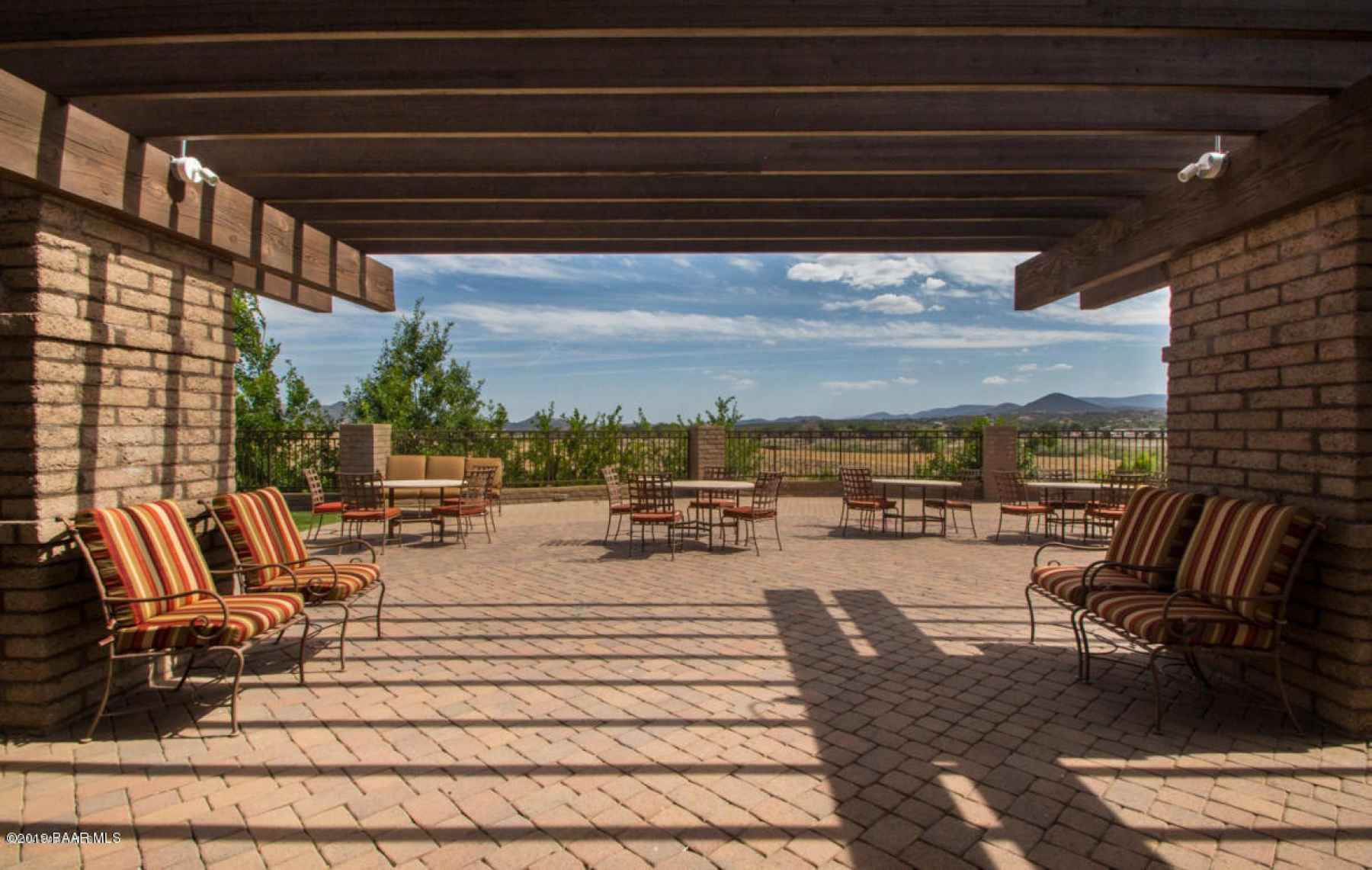 Outdoor Patio and Dining Area