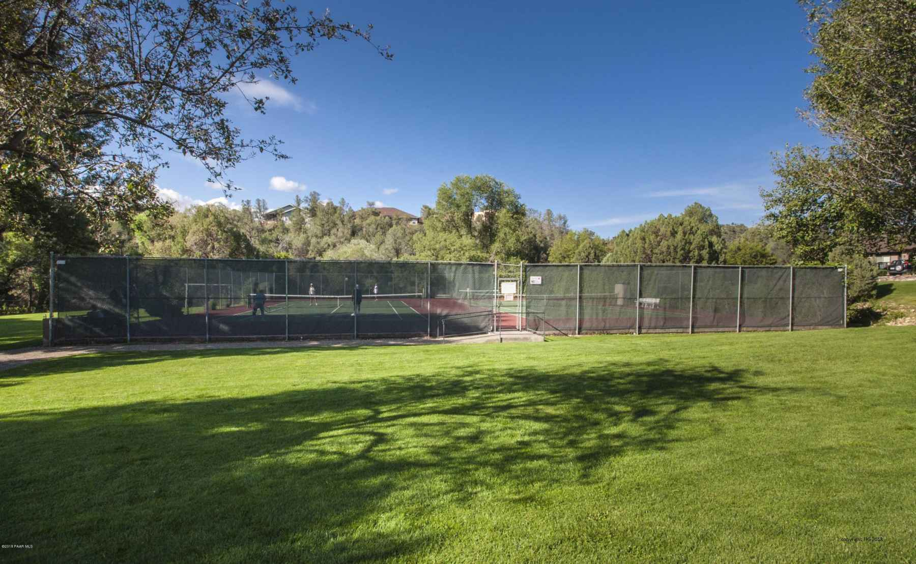 Clubhouse Tennis Courts - copyright