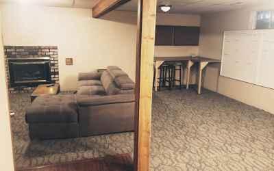 Photo for 629 E Roundtable Cir